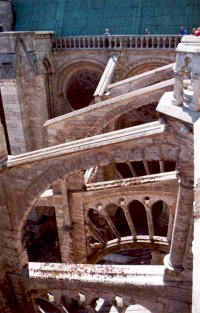 Photo from theupper walkway of Chartres Cathedral looking down on the flying buttresses.